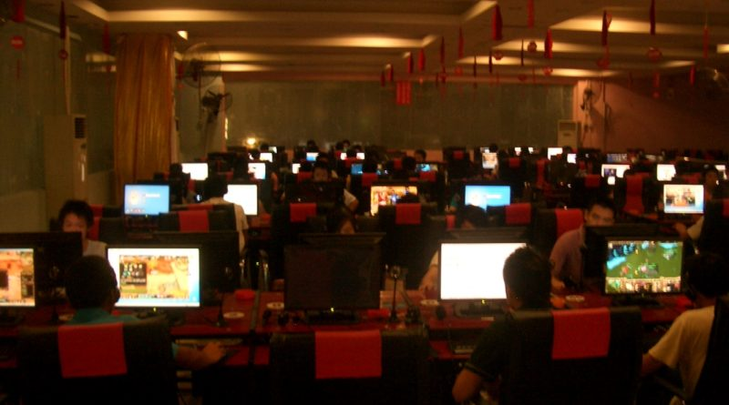 Kafejka internetowa, czyli gaming house dziesięć lat wstecz